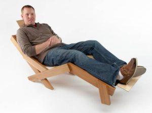 design mobilier metalic si lemn