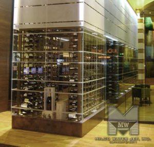 waterjet raft pentru vinuri